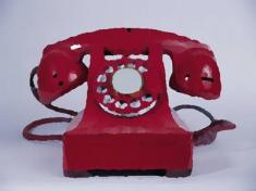 Phone - Red - Feature