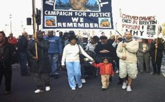 Mikey Powell's mother leads marchers - Oct 2004